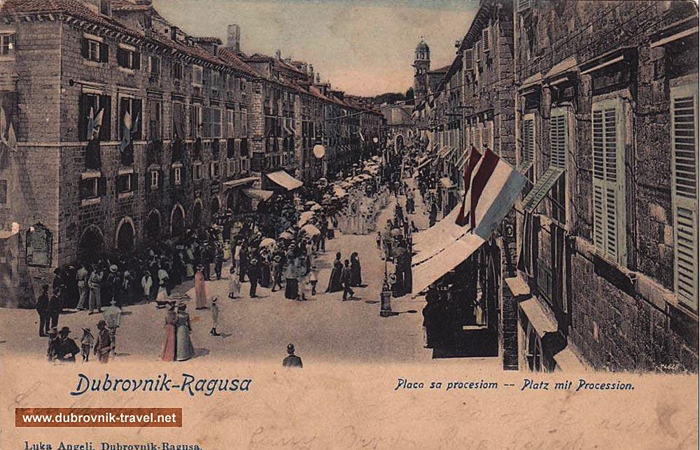 Procession @ Stradun (1910)