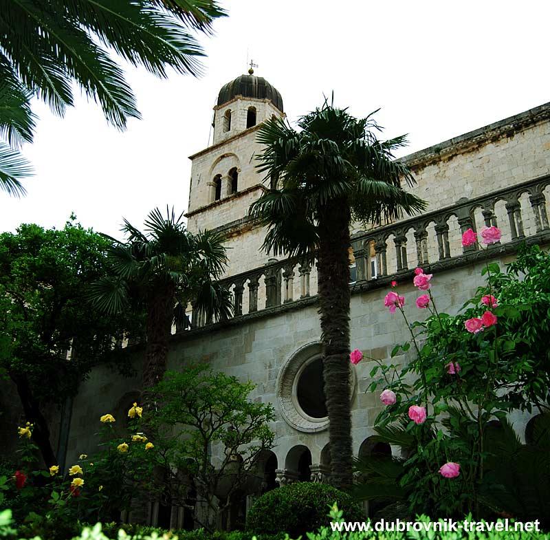cloister-franciscan-monastery1