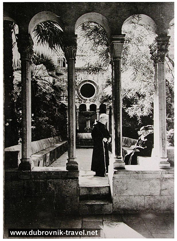 franciscan-monastery1930s