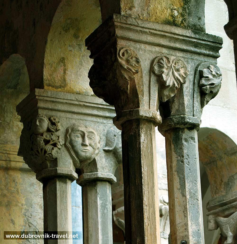 franciscan-monastery-collonade12