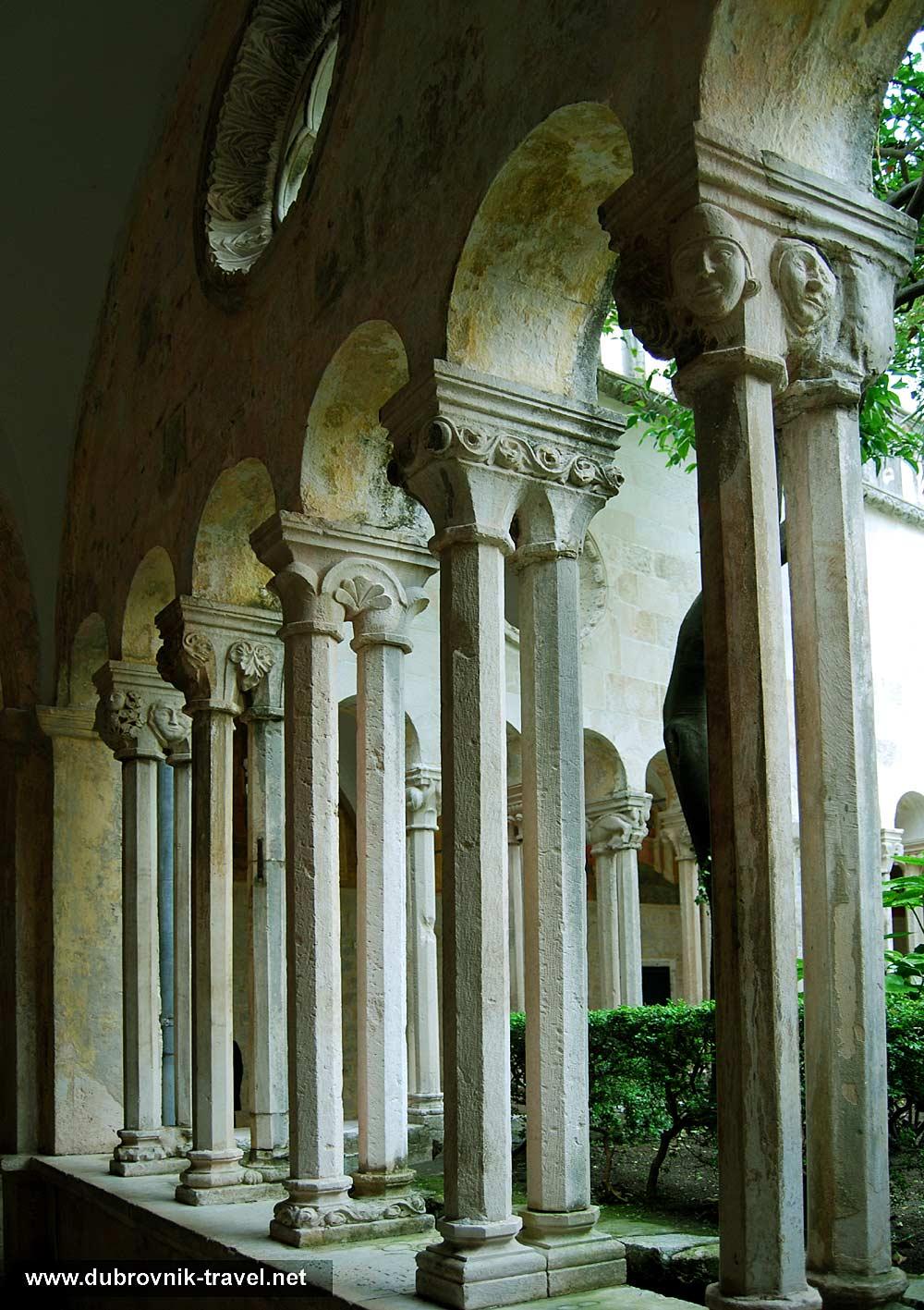 franciscan-monastery-collonade13