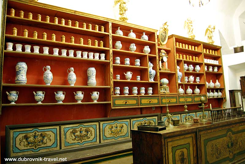 old-pharmacy-franciscan-monastery1