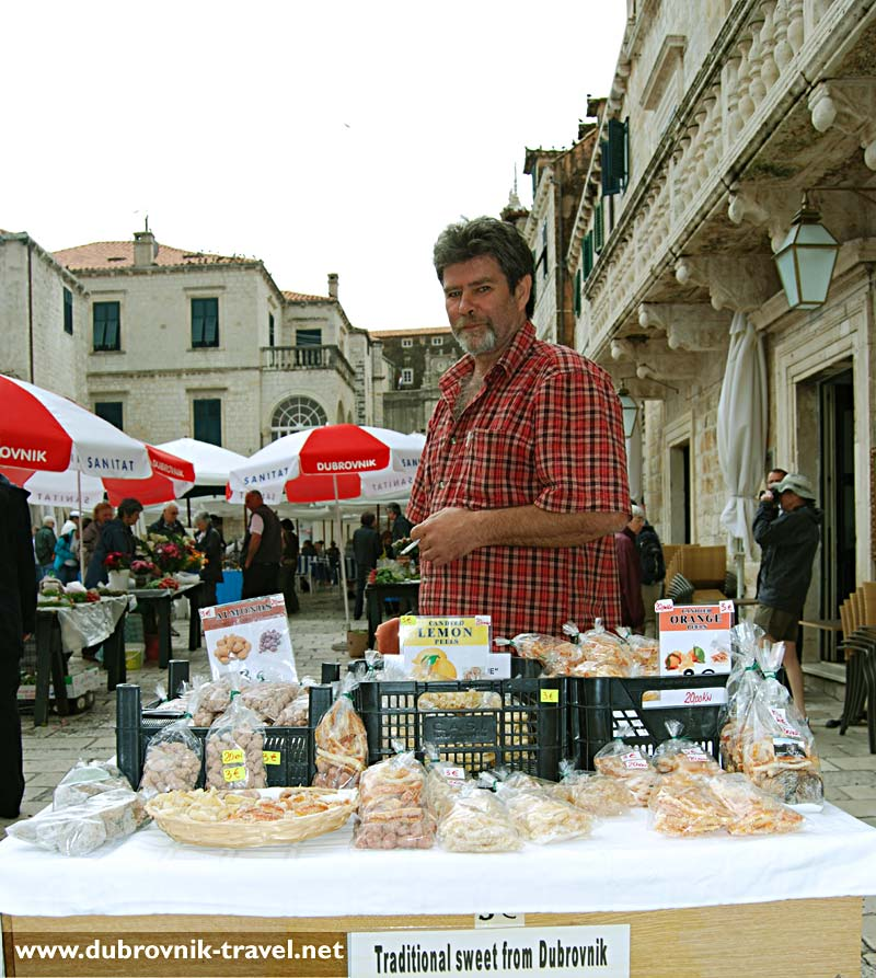 Home made sweets stall at Gundulićeva Poljana's market