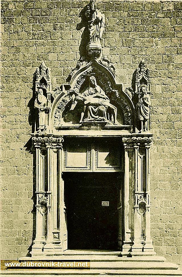 portal-franciscan-monastery1