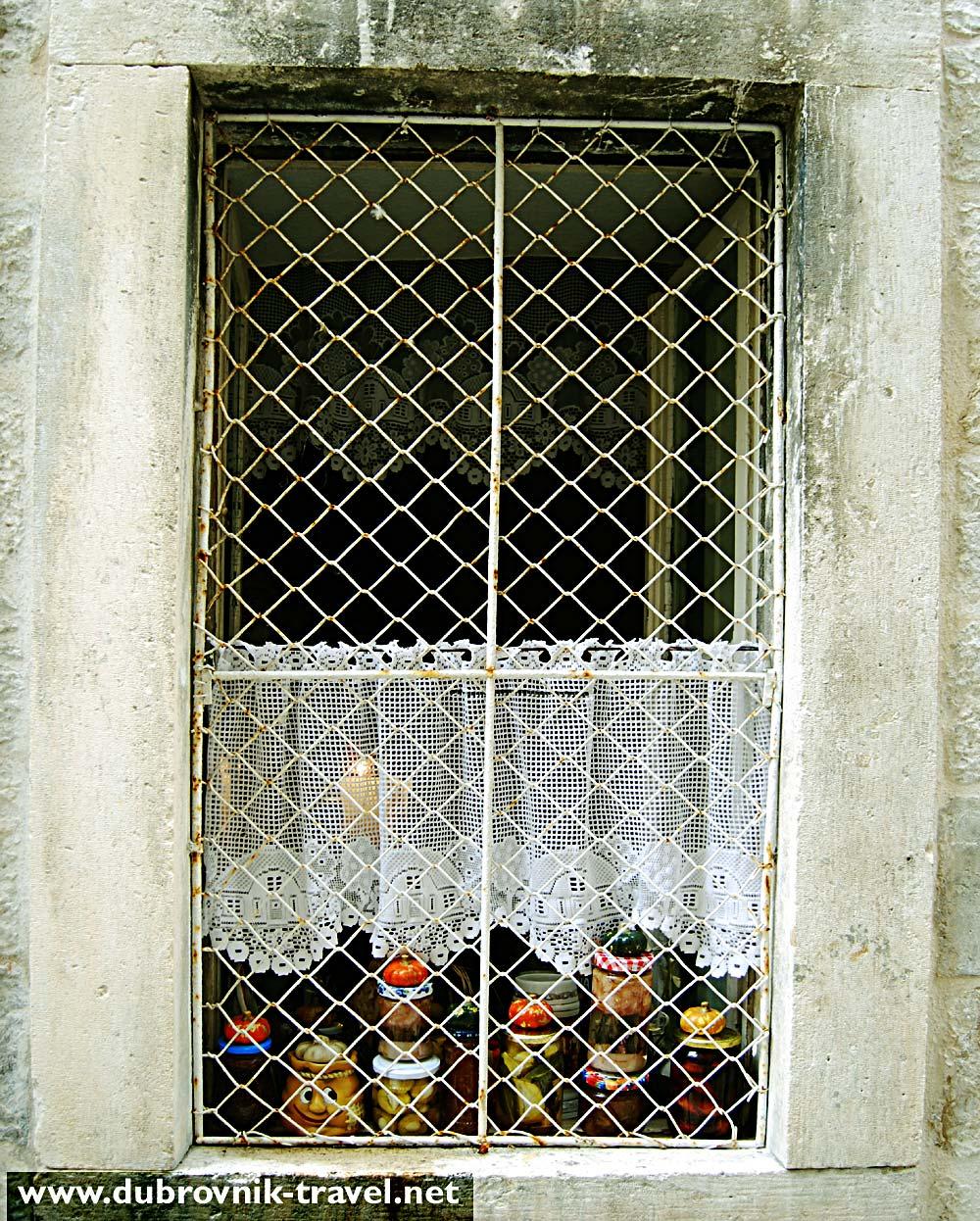 romantic window in dubrovnik