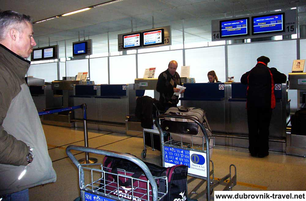 Luggage Troleys nr. Check in @ Dubrovnik Airport