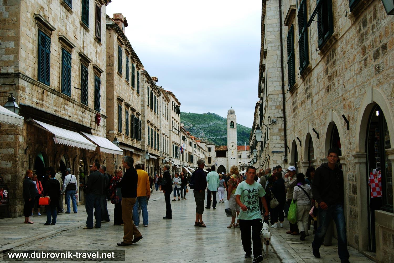 Stroll along Stradun, Dubrovnik