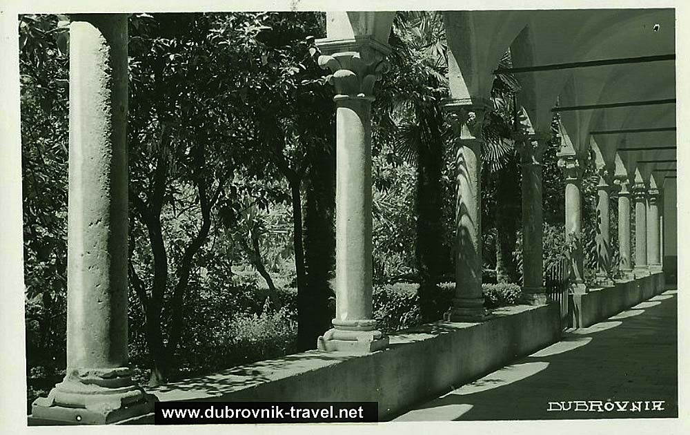 dubrovnik-dominican-cloister1930