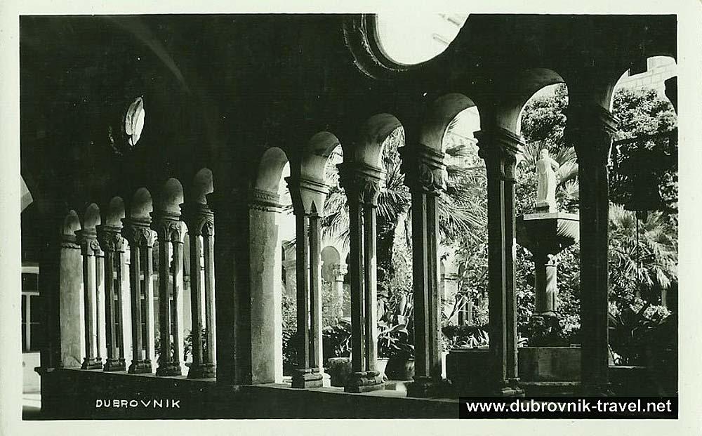 dubrovnik-franciscan-cloister1930