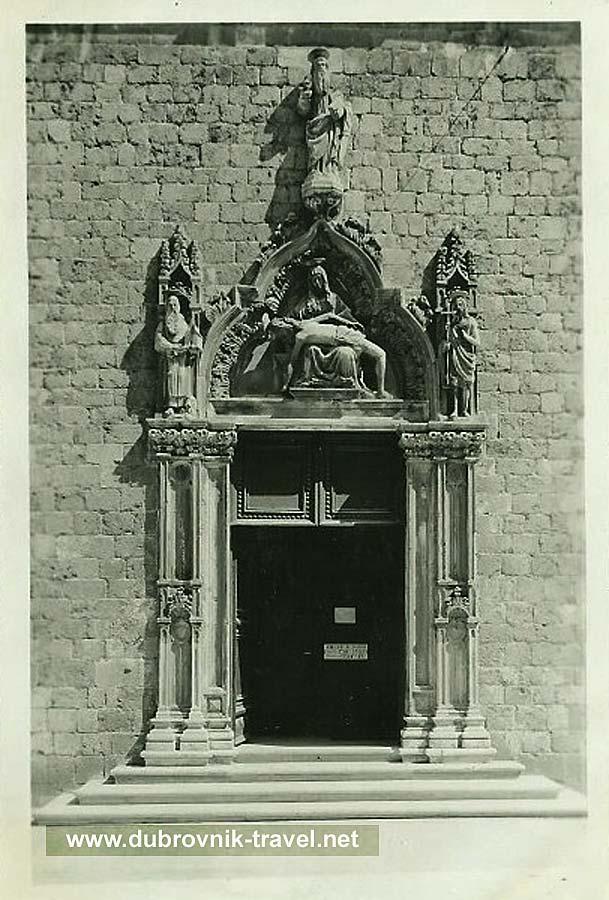 dubrovnik-franciscan-portal1930