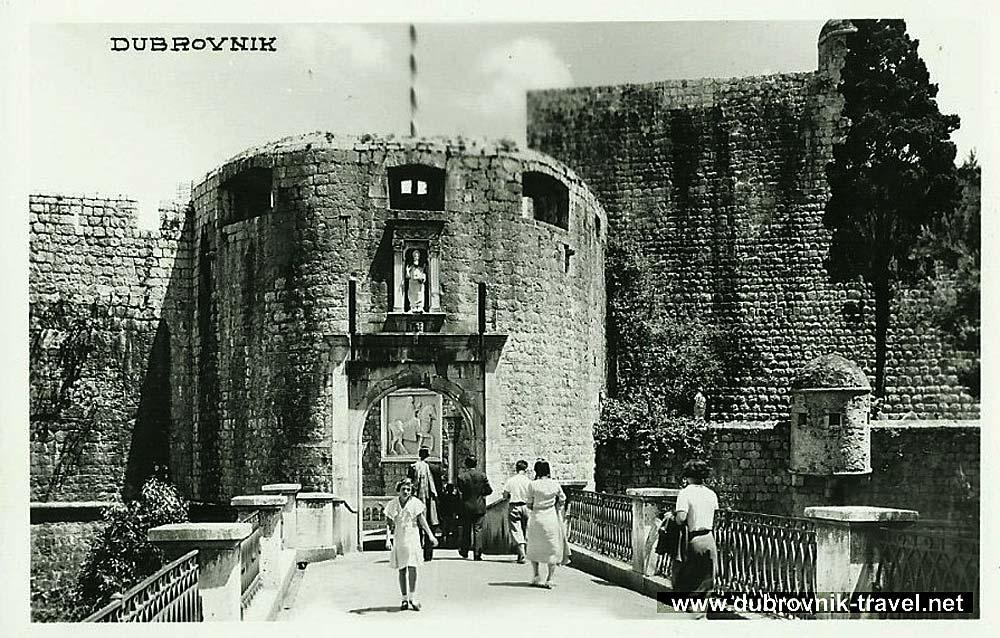 dubrovnik-pile-gate1930s
