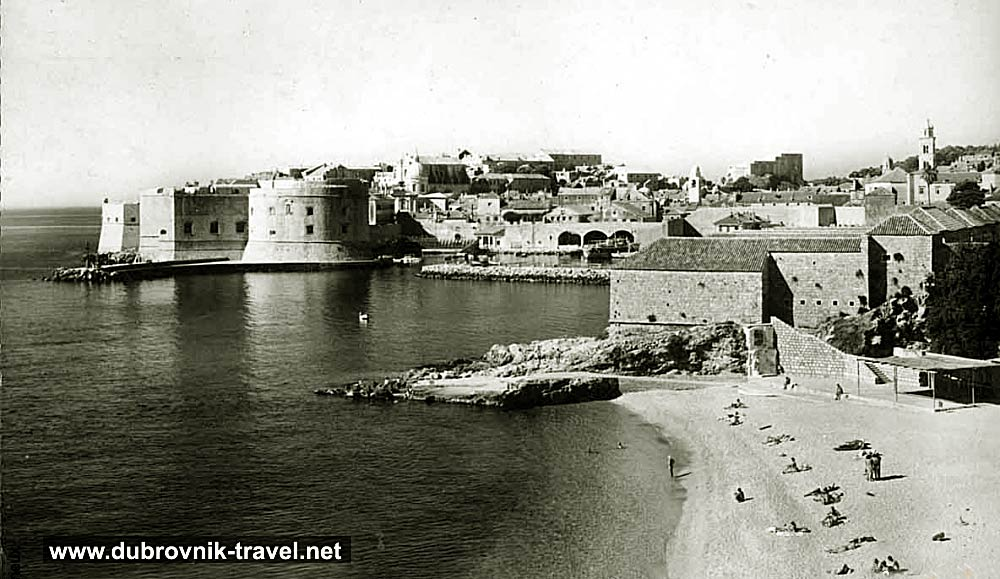 Banje Beach and Old Town - Dubrovnik (1965)