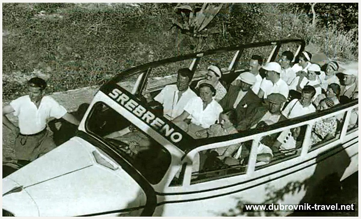 Day trip by Bus from Dubrovnik to Srebreno (1930s)