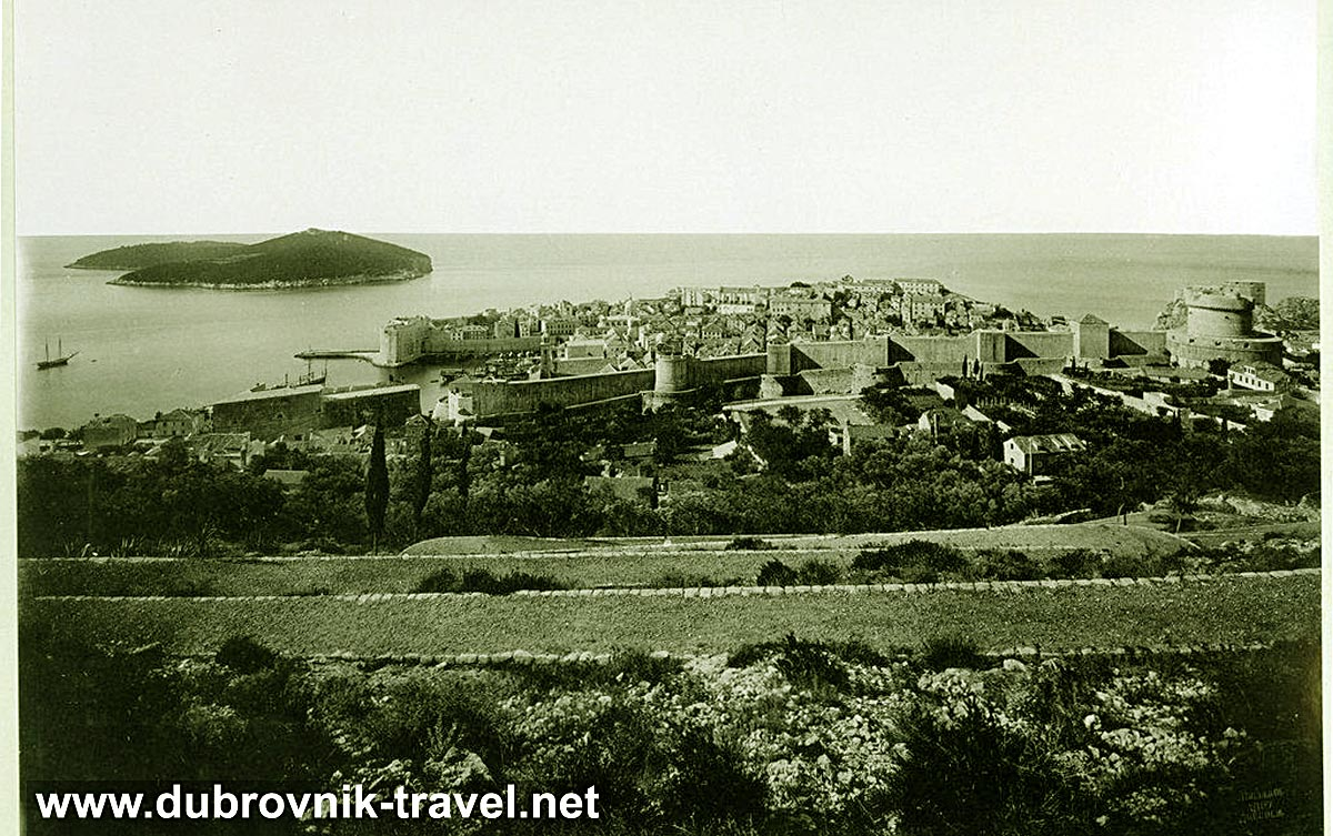 Views over Dubrovnik Old Town (1890)