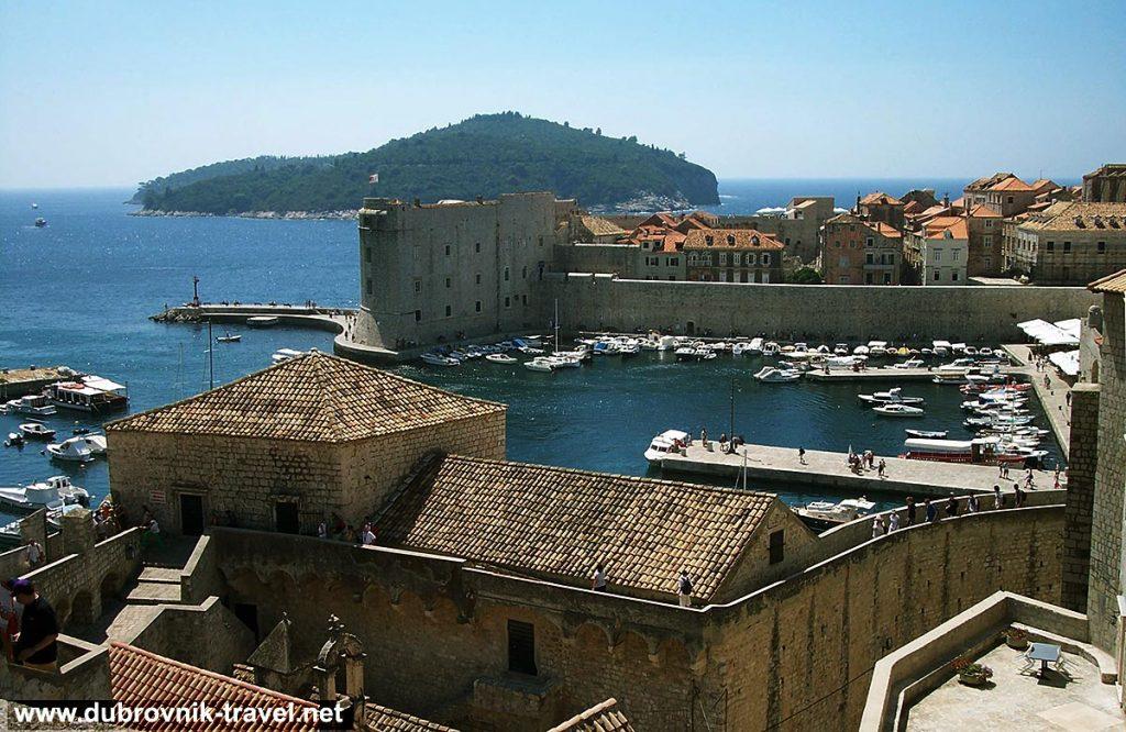 Dubrovnik town walls views