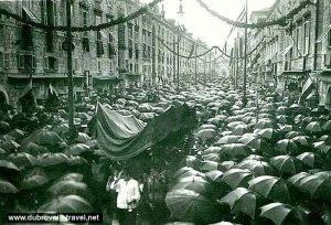 Rainy day procession of Festa Svetog Vlaha (1930s)
