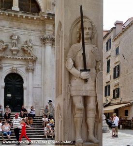Orlando's Column and Steps of St Blaise Church – Dubrovnik