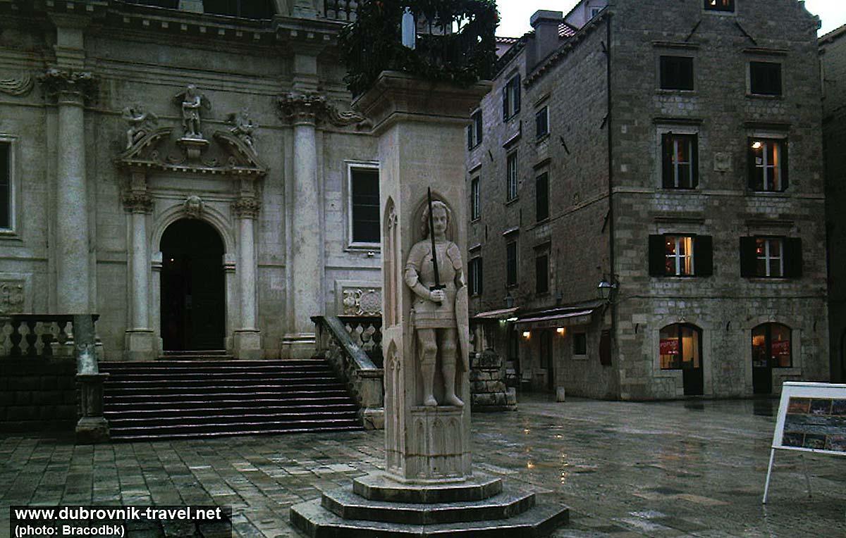 Orlando's Column in Situ (Wet February Dusk) - Dubrovnik
