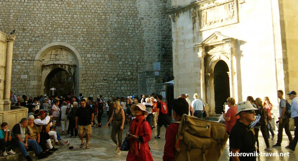 Crowds on Stradun, Placa - Dubrovnik Old Town's main street