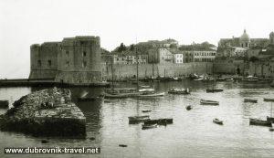 Porat - Dubrovnik Old Port - views from the eastern side