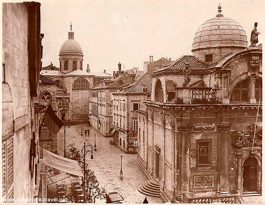 Pred Dvorom in Dubrovnik (1900s)