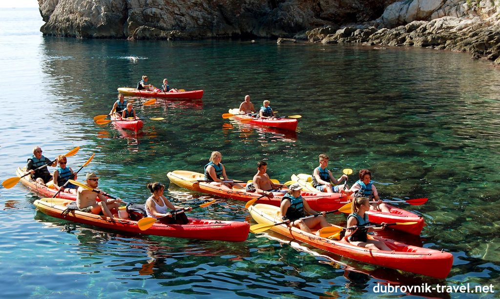 A group of paddlers in Dubrovnik