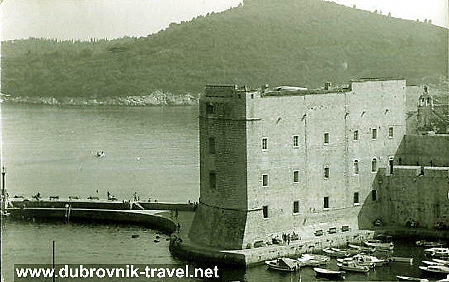 sveti-ivan-tower-dubrovnik1970s