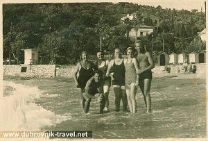 Beach Uvala Lapad in 1935
