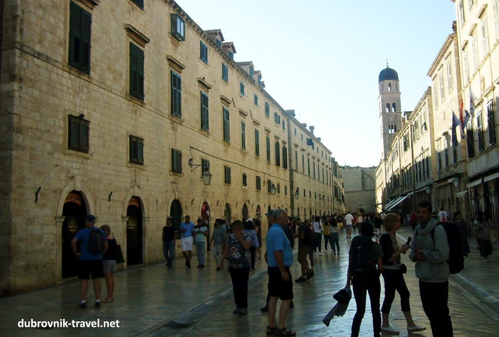 Sunny late afternoon in Dubrovnik in May